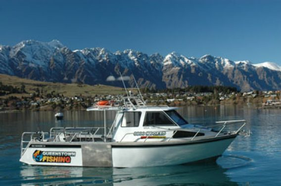 https://queenstownfishing.co.nz/wp-content/uploads/2015/12/nikita-1-568x377.jpg